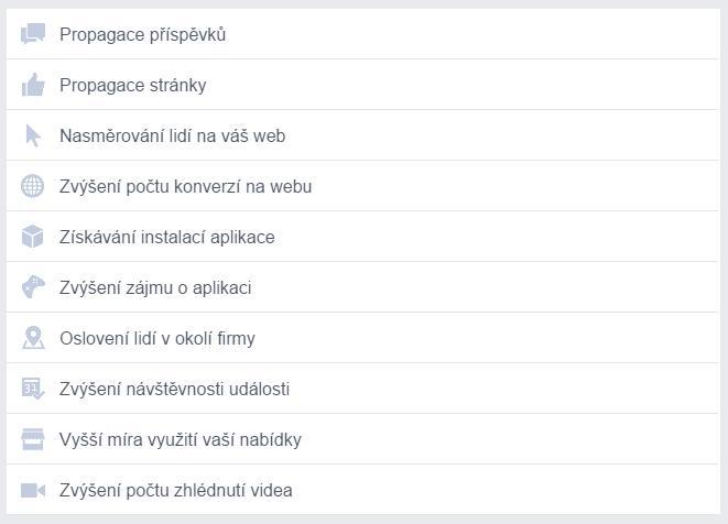 formáty Facebook reklam